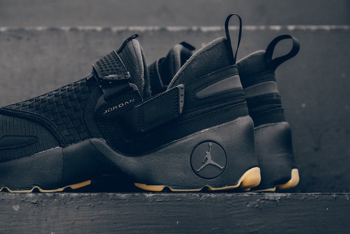 The Black and Gum Trunner is available now