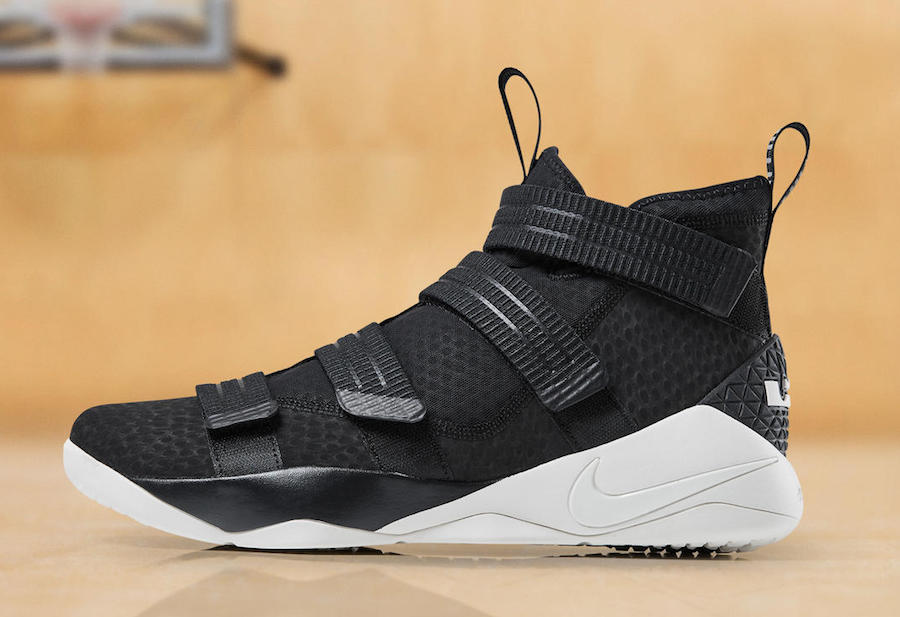 73dbf432e7bb Nike just dropped this