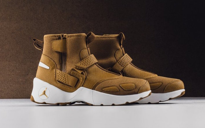 "The Trunner LX High ""Wheat"" is arriving in stores"