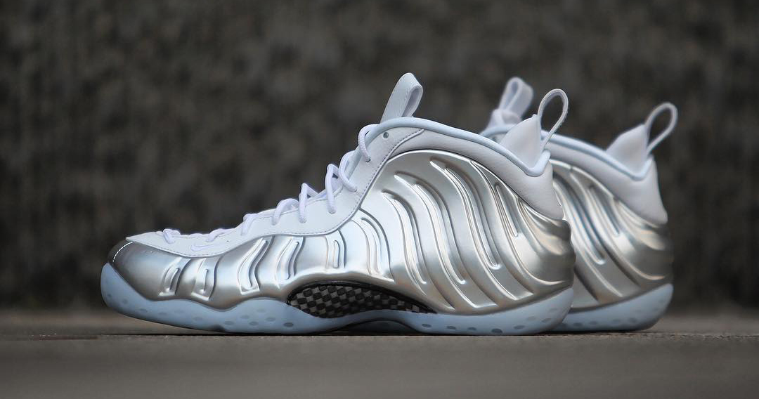 ef717308657be A detailed look at the WMNS Nike Air Foamposite One