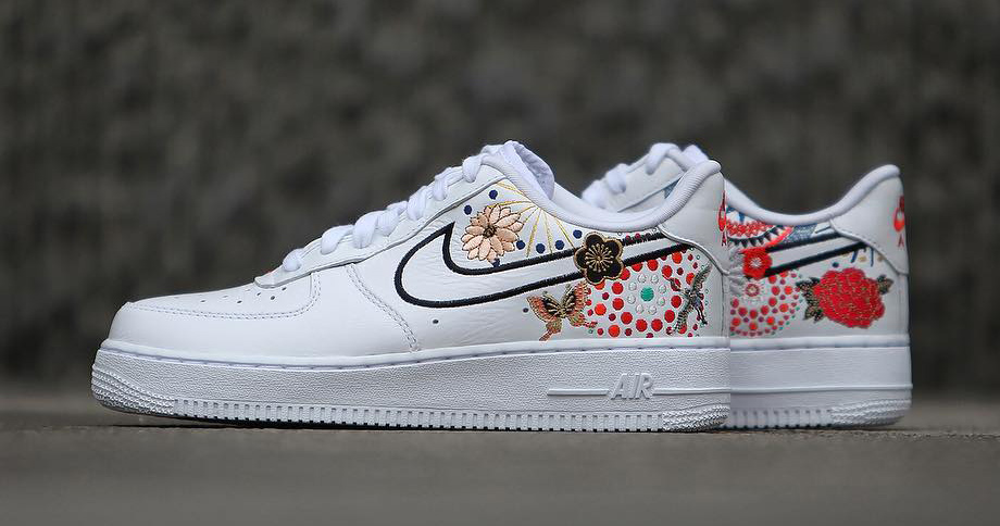"brand new 4bd83 f7d6a A detailed look at the ""Lunar New Year"" Air Force 1 pack"