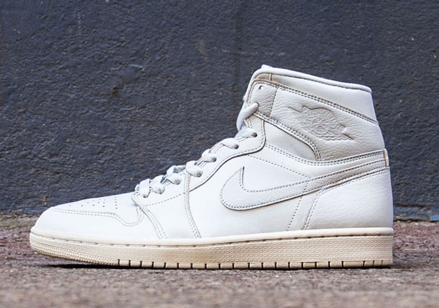 These Pure Platinum Jordan 1s are arriving soon