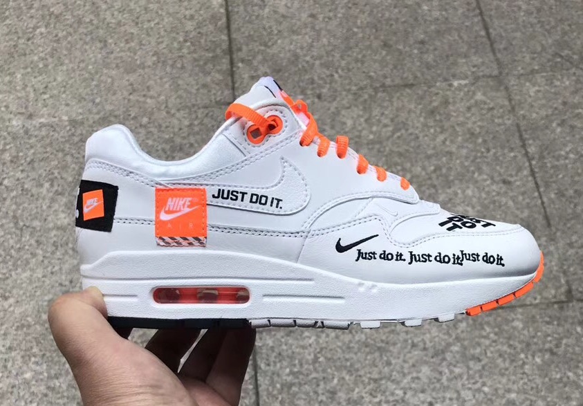 """Detailed Look // Nike Air Max 1 """"Just Do It"""""""