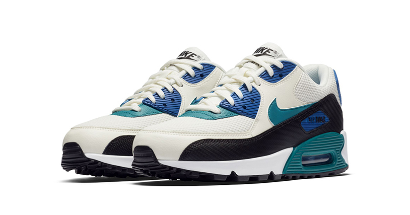 The Air Max 90 gets basic