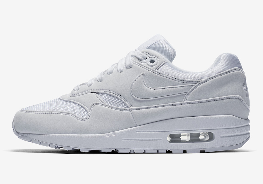 This Nike Air Max 1 is made for Summer