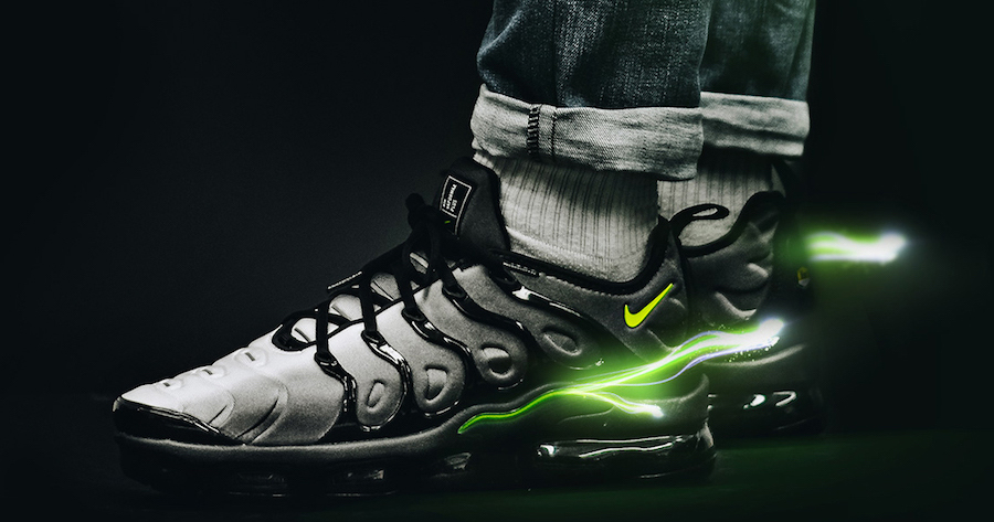 sale retailer 7ce1b c419c On foot look // Nike VaporMax Plus