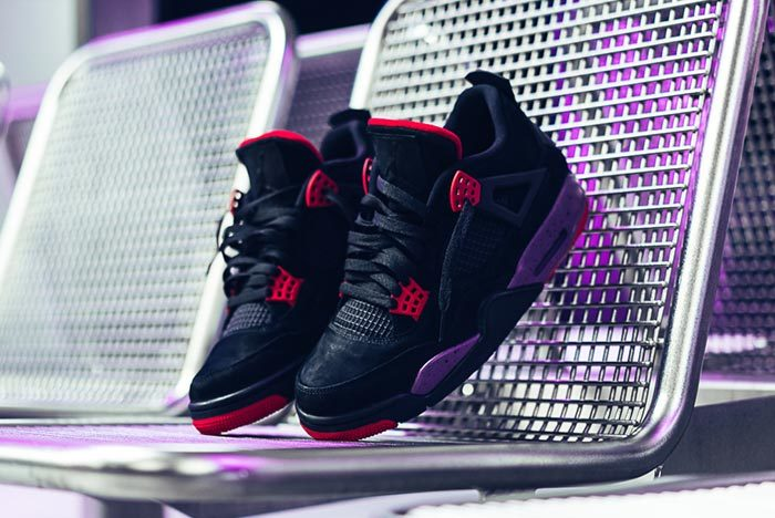 "Detailed Look // Air Jordan 4 ""Raptors"""