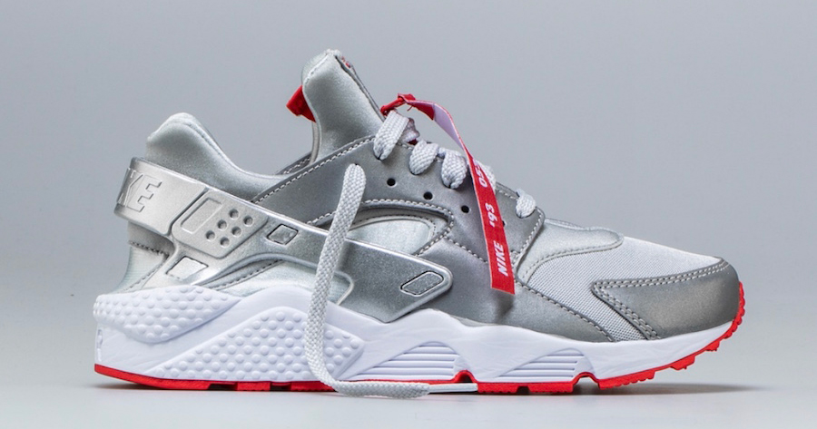 Shoe Palace unzip the Huarache Run