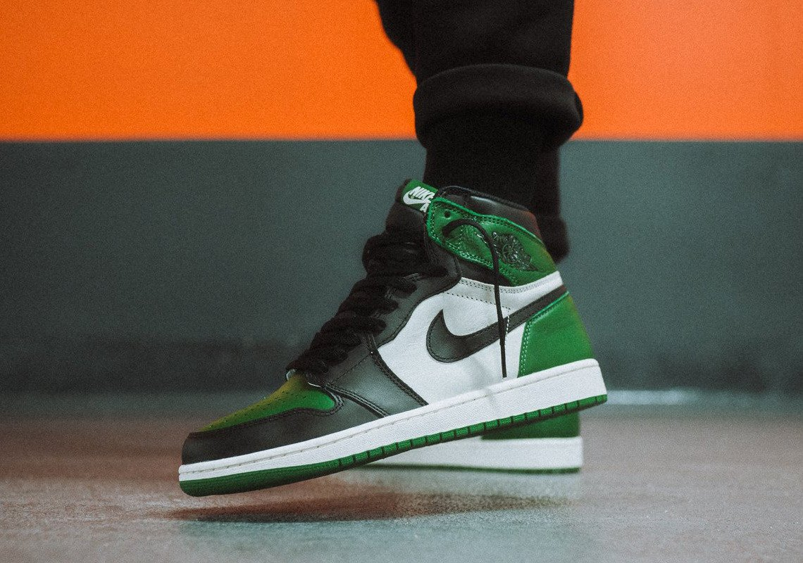 "Where to Buy // Air Jordan 1 ""Pine Green"""
