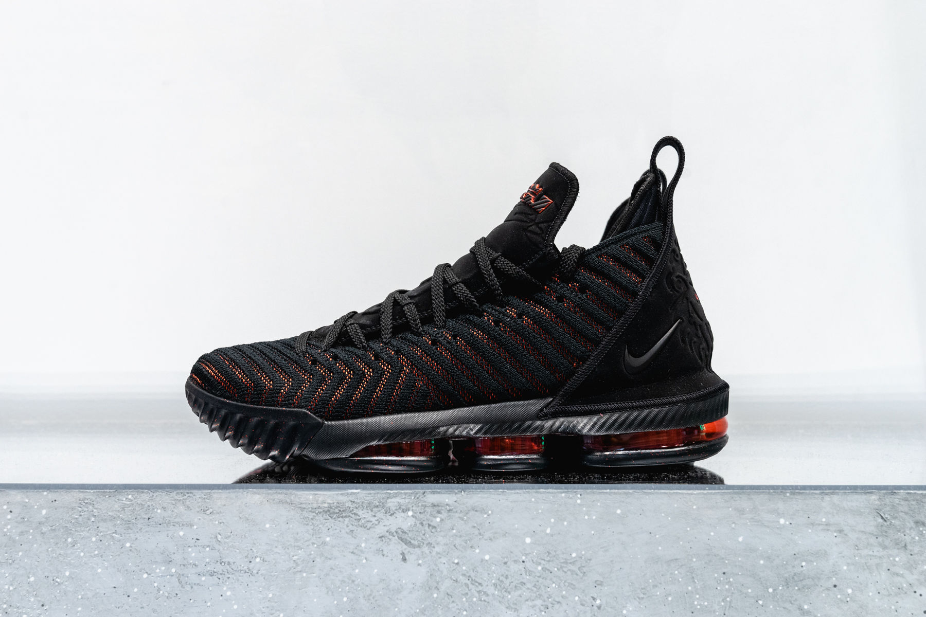 "Detailed Look // Nike LeBron 16 ""Fresh Bred"""