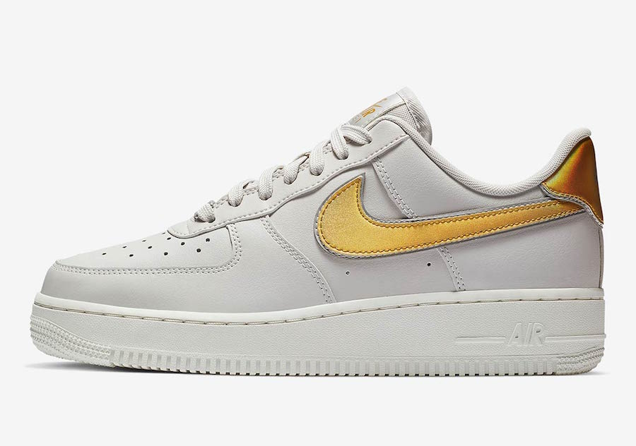 """Next Up for the Nike Air Force 1 Low is This """"Metallic Swoosh"""" Pack"""