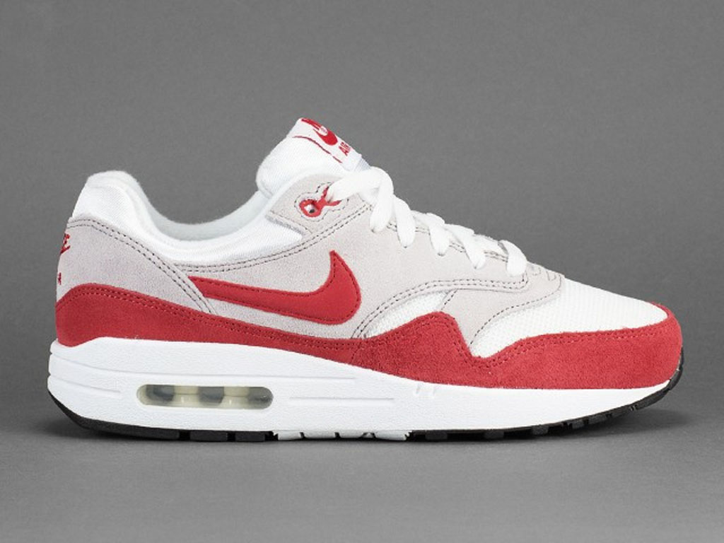 c3779c3c18d The 25 Most Influential Sneakers of All Time - HOUSE OF HEAT ...