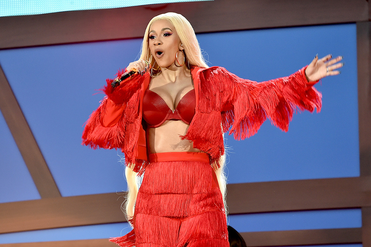 Cardi B Turns Herself in to the Cops After Ordering Assaults on Two Strippers
