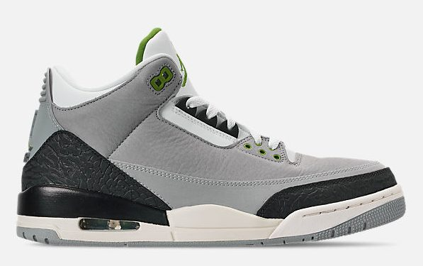 cef9ffa3774 65 of the Best Sneakers on Sale Right Now! - HOUSE OF HEAT
