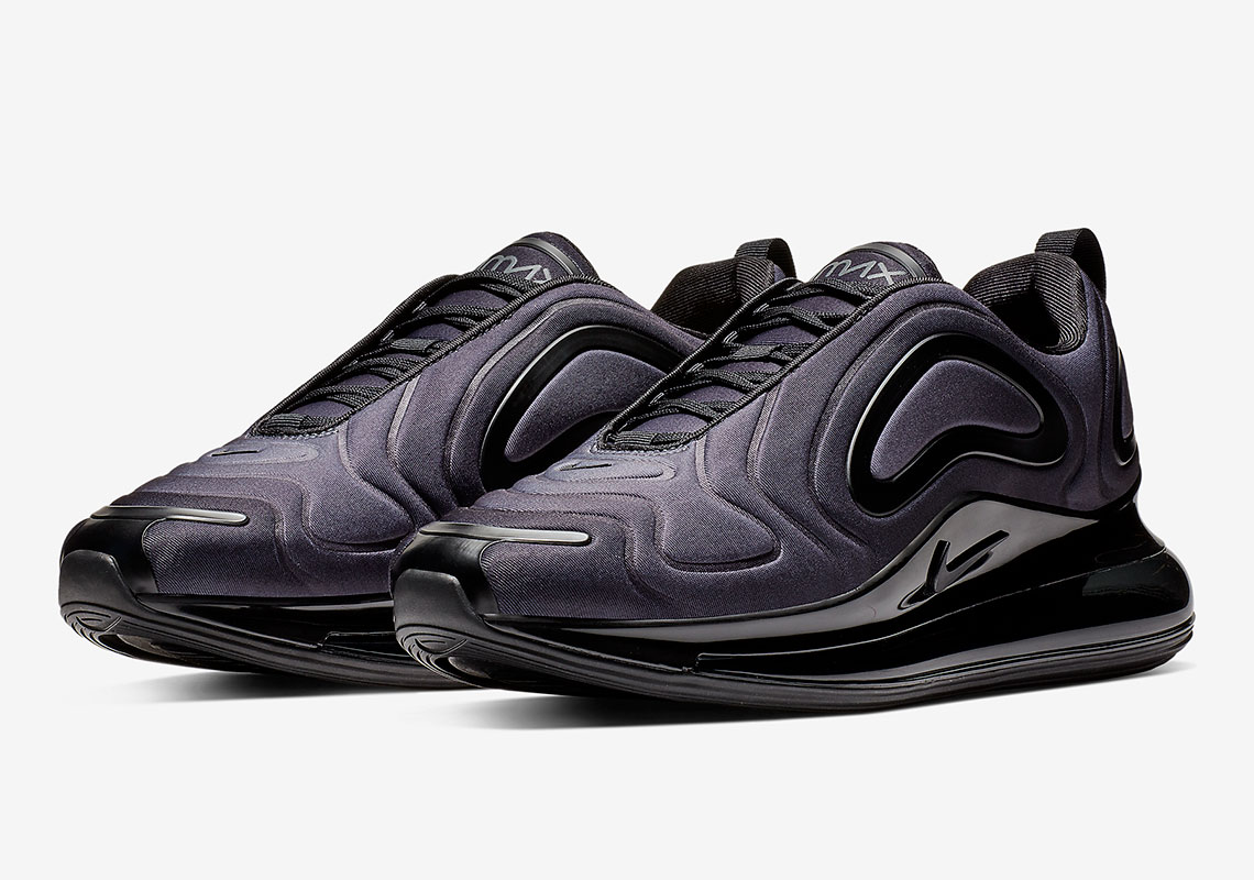 Air Max 720 Goes Hard in Grey Carbon