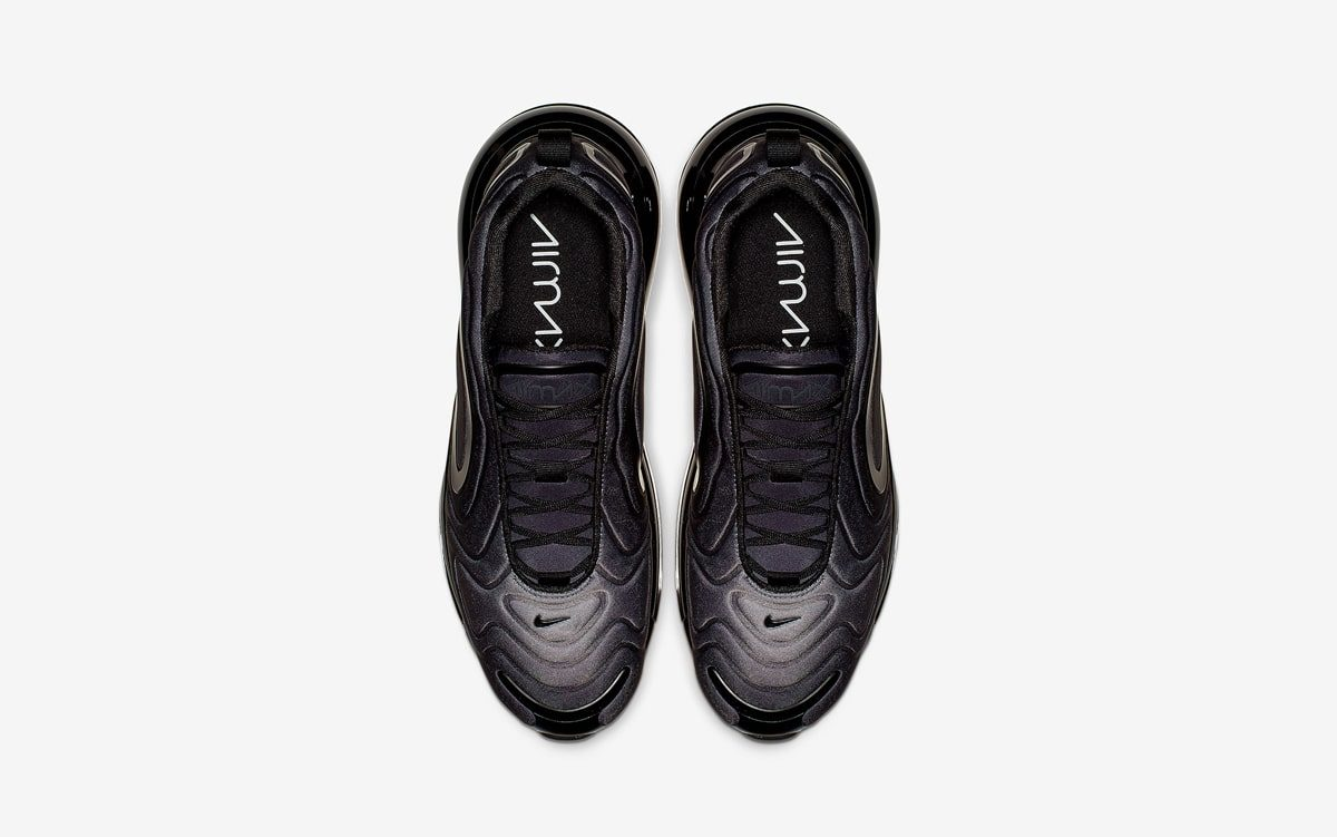 "Traditional ""Triple Black"" Turns Up on the Air Max 720"