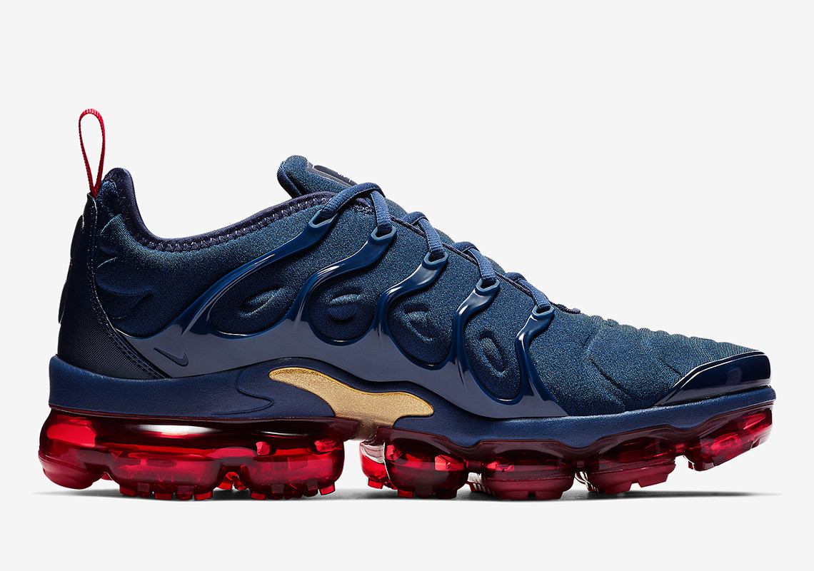 d7a3dae0df8 The VaporMax Plus is the Next Nike to Rock the Iconic