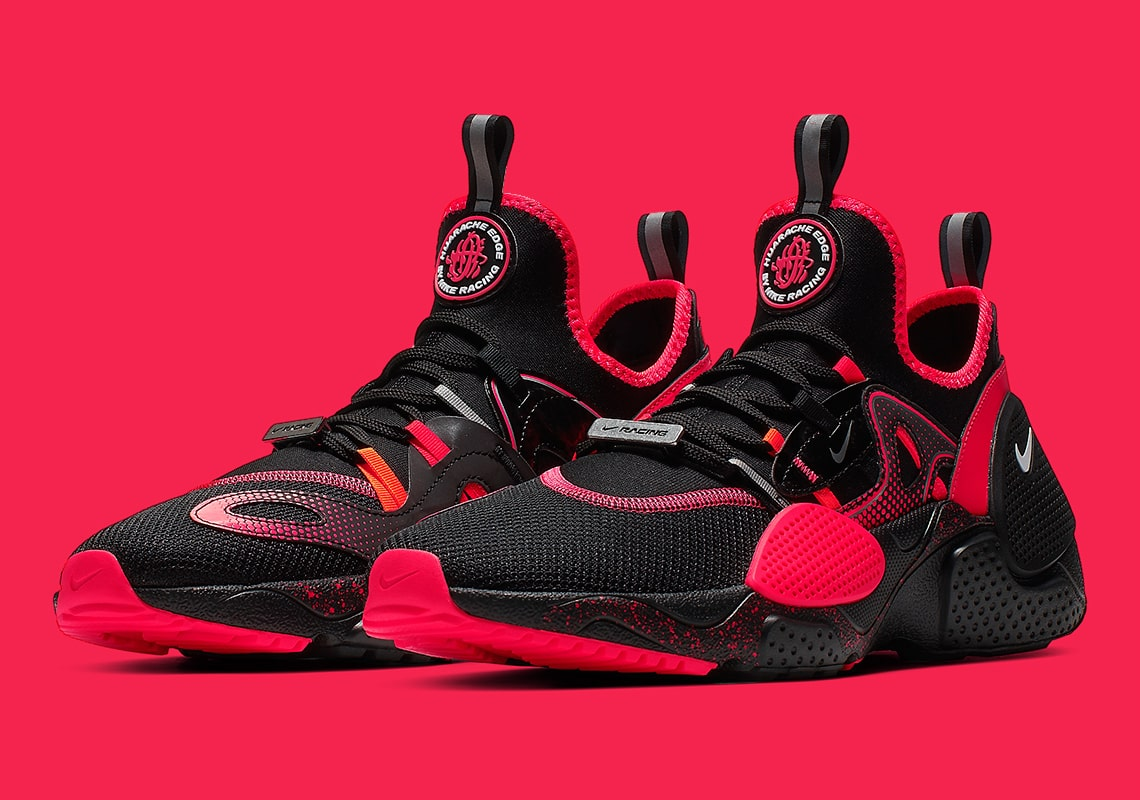 Intolerable por qué región  Nike Add the Huarache E.D.G.E. to it's Racing Theme for All-Star Weekend -  HOUSE OF HEAT | Sneaker News, Release Dates and Features