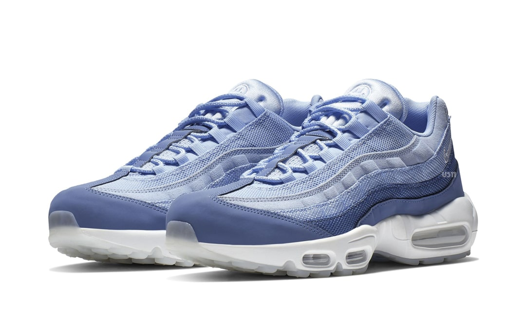air max 95 have a nike day on feet