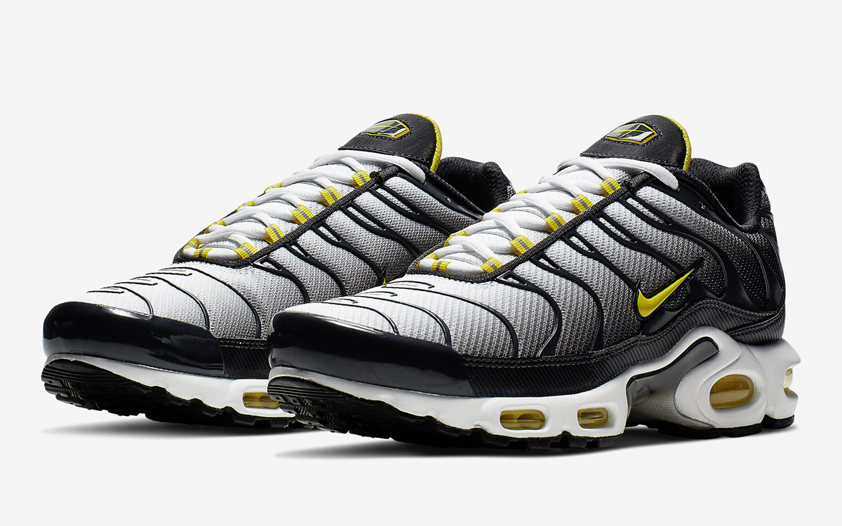 on sale e31df 4e157 The Air Max Plus Gets Attacked by Yellow and Black - HOUSE ...
