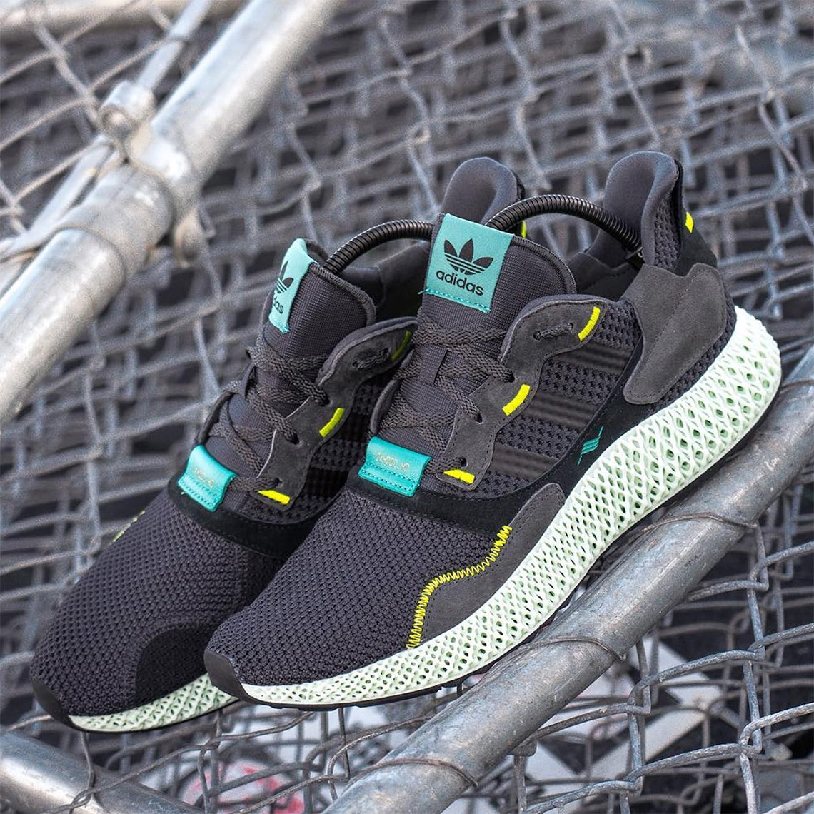 """8444f01d6e54e First Looks at the adidas ZX4000 4D """"Carbon"""" - HOUSE OF HEAT ..."""