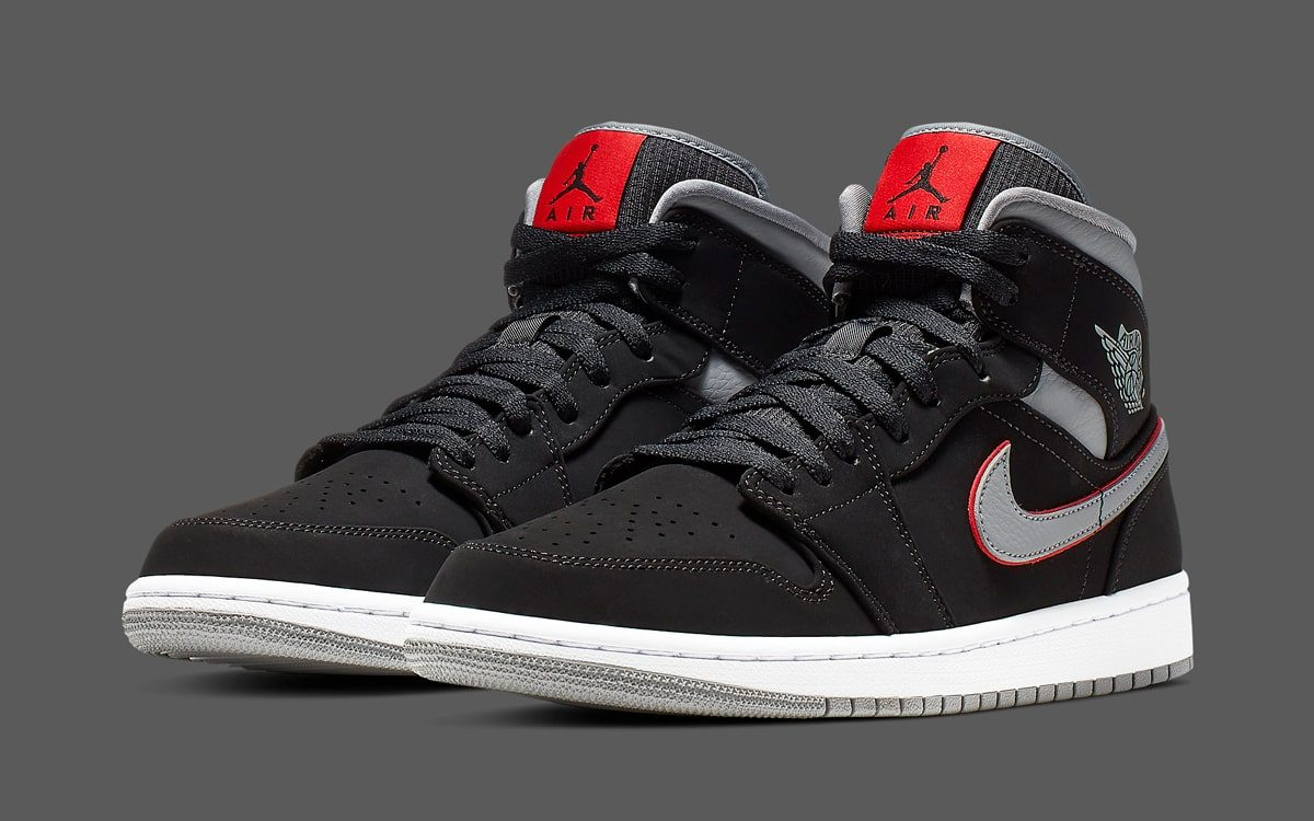 "The Air Jordan 1 Mid Arrives in Iconic ""Black Cement"" Colors"
