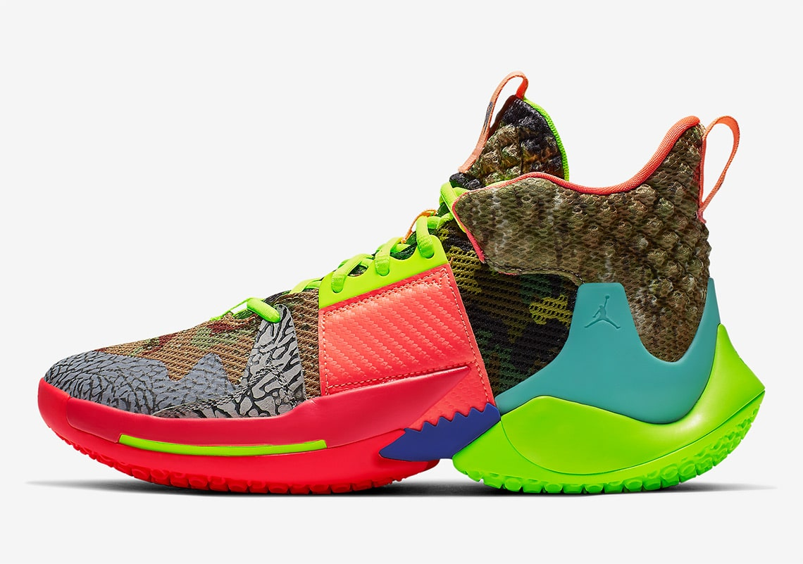 Official Looks at Russell Westbrook's