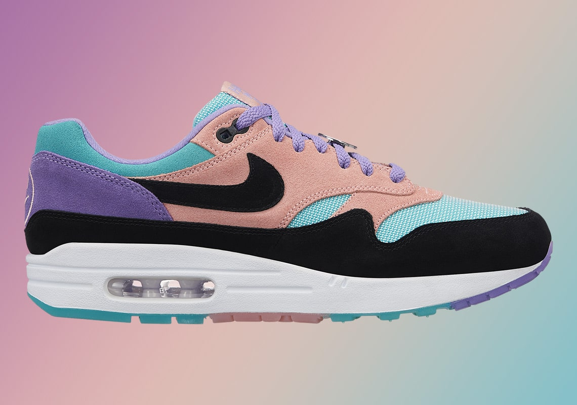 "Pastels Persist on Nike's Newest ""Have a Nike Day"" Release"