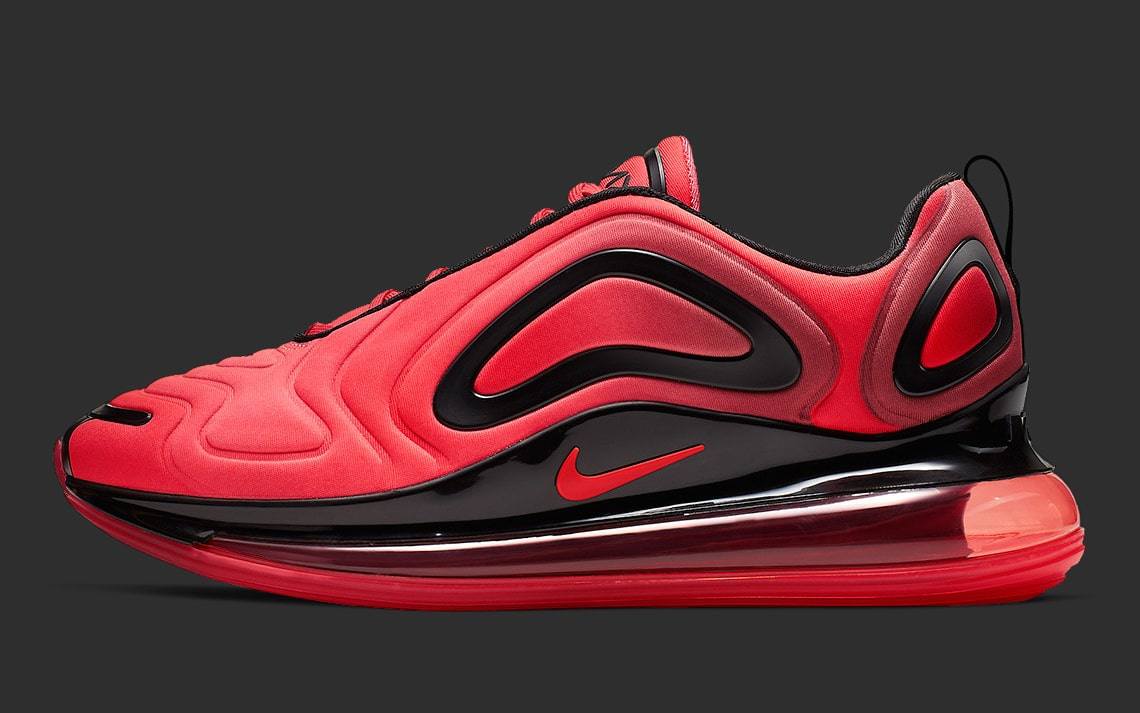 Nike Banks on Black and Red for their Next Air Max 720