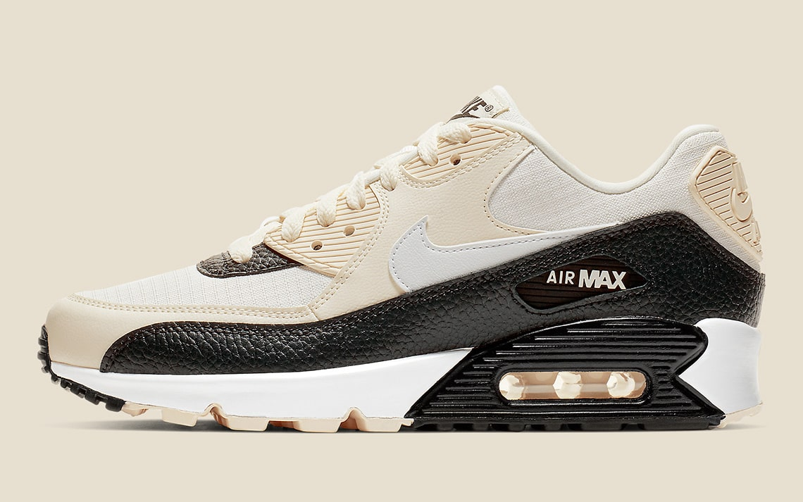 Tumbled Leather Overlay Adorn this Air Max 90