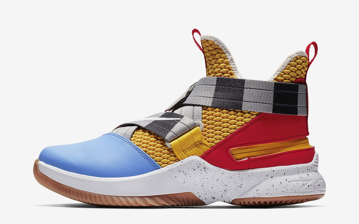 Toy Story-Themed LeBron Soldier 12