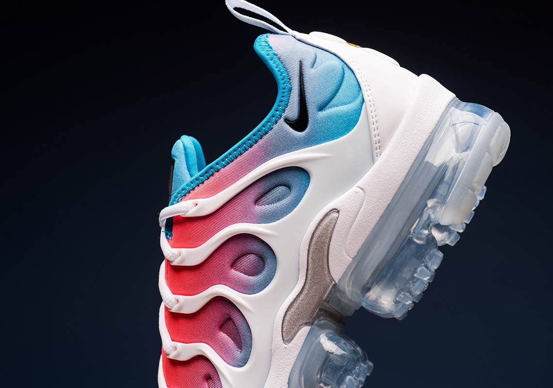 Available Now // Nike VaporMax Plus
