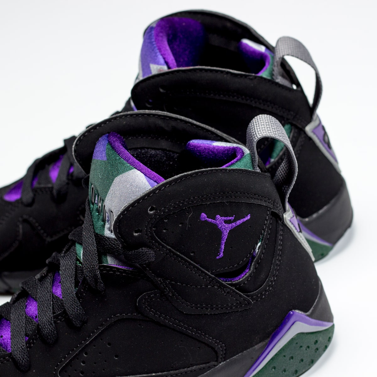 "14addacd808 ... Air Jordan 7 ""Ray Allen"" Release Date. Detailed Looks via @HanzuYing //"