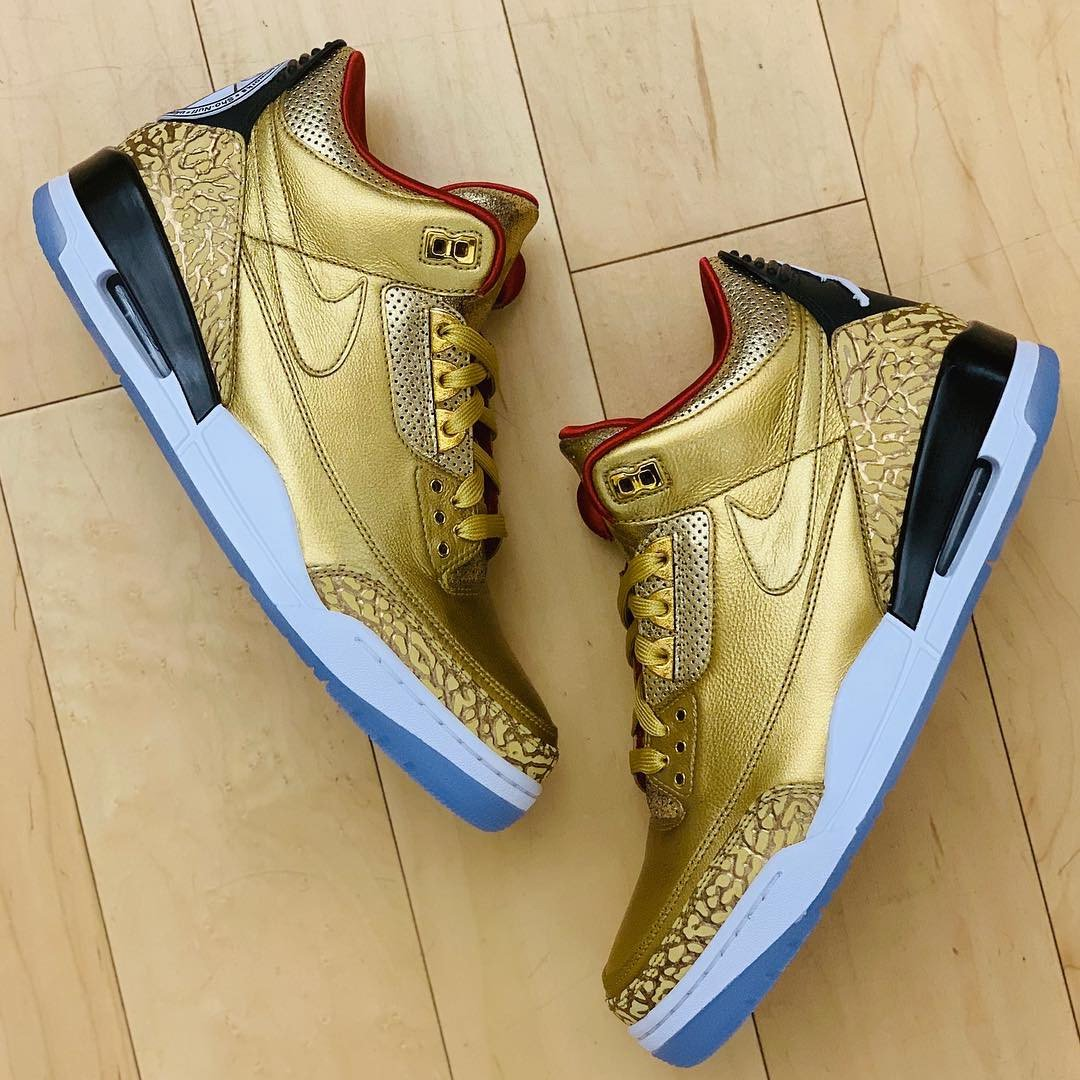 d6934552a957 Spike Lee is Stepping Out to the Oscars in Golden Jordan 3 JTH PEs ...