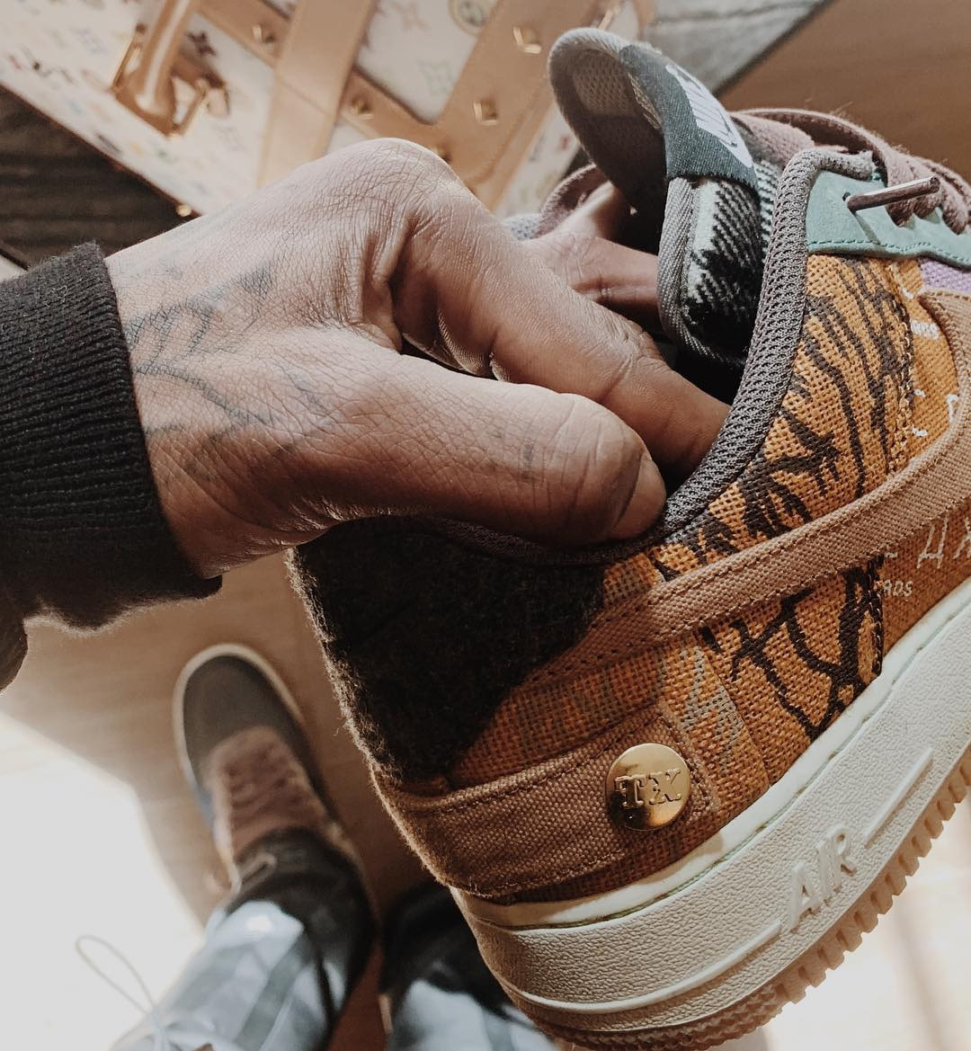 4e53ad4eb43 Travis Scott's Next Nike Collaboration to Release in October - HOUSE ...