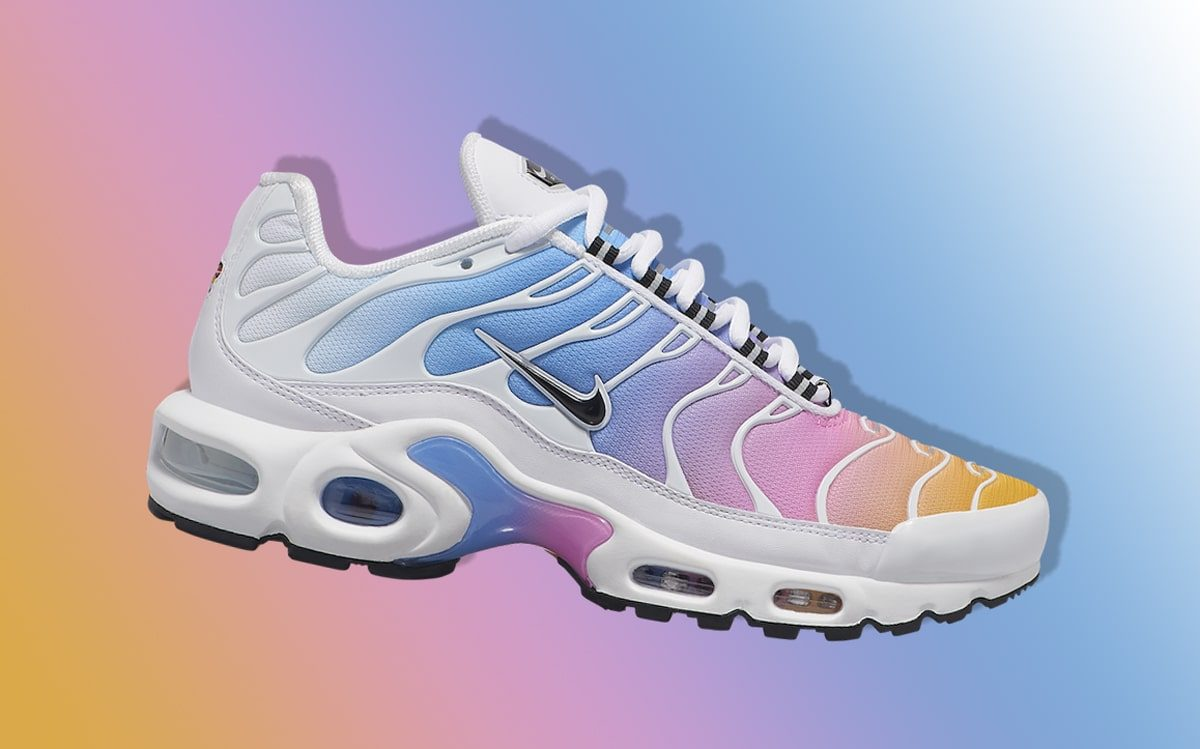 Nike's Air Max Plus Comes in Captivating Cotton Candy Colors!