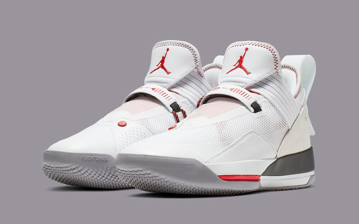 "Official Looks at the Air Jordan 33 ""Fire Red"""