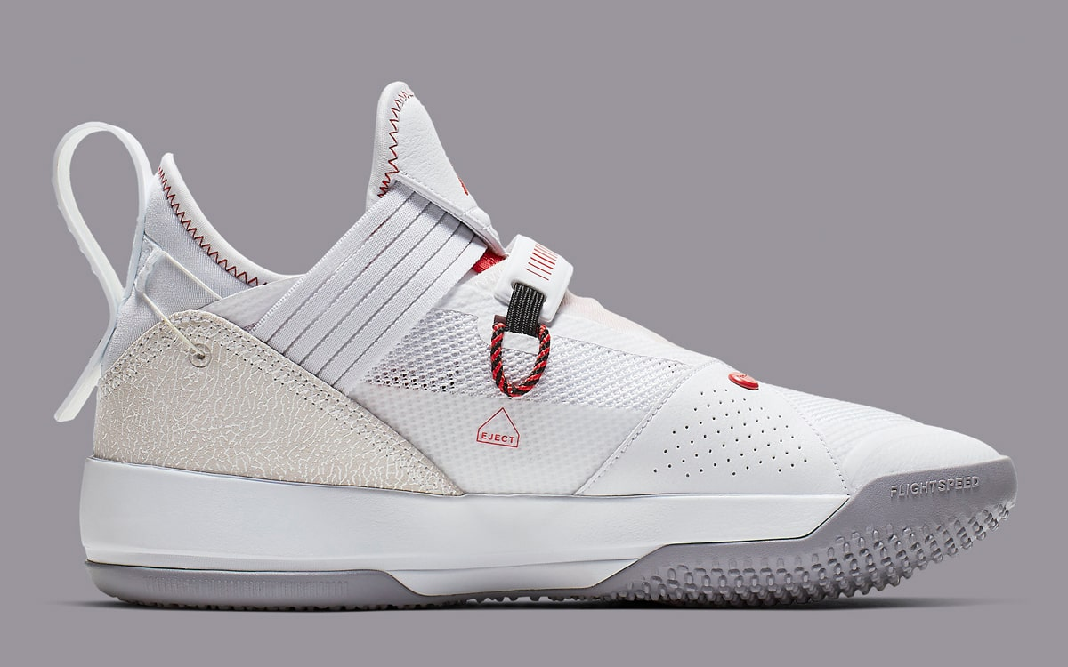 87ad3598114 Official Looks at the Air Jordan 33