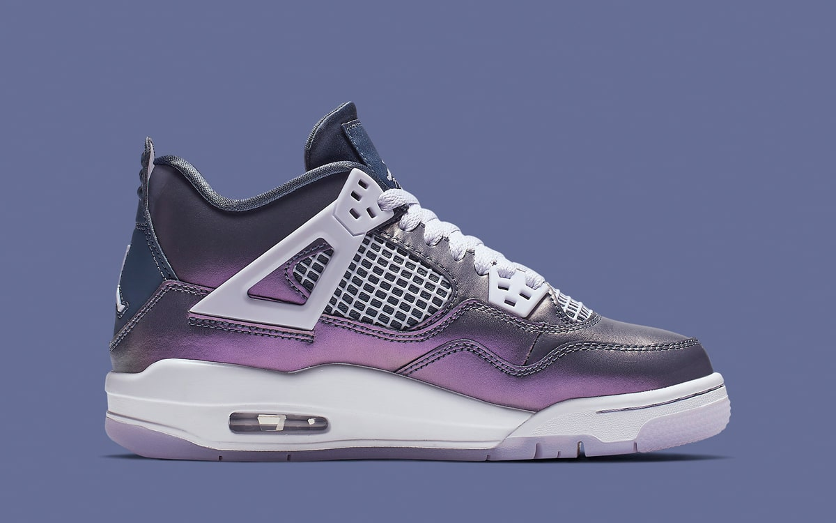Air Jordan 4 Monsoon Blue BQ9043-400