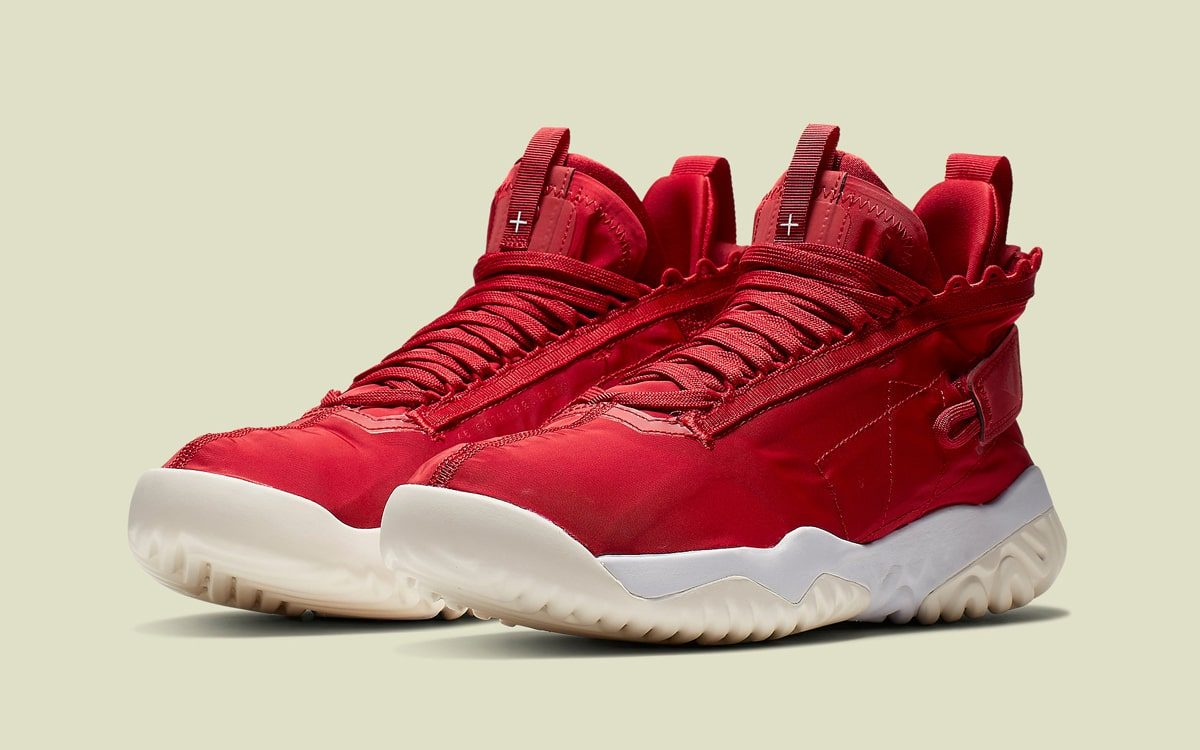 """Official Looks at the """"University Red"""" Jordan Proto React"""