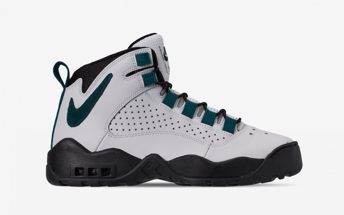 "Available Now // Nike Air Darwin in its OG ""Eagles"" Colorway"