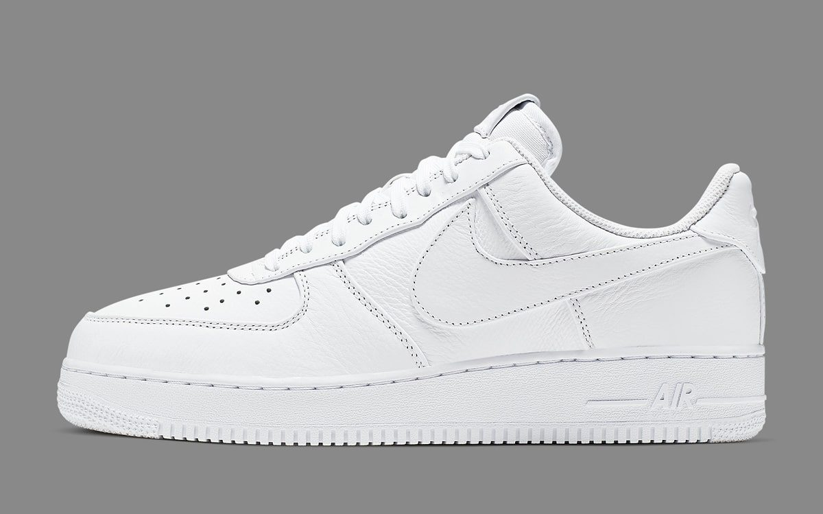 673662491c03 Nike Add Oversized Swooshes to the Uptown - HOUSE OF HEAT
