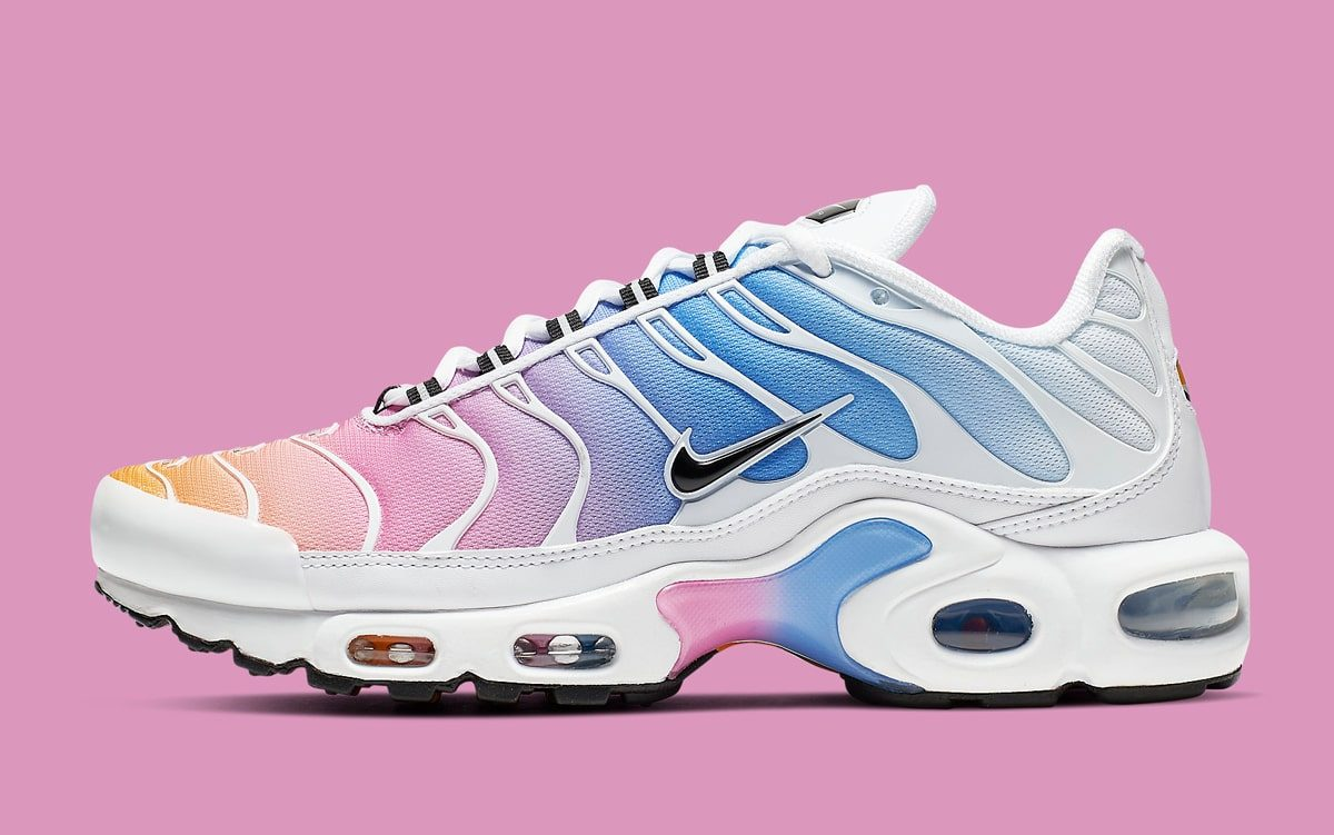 8c6f24f3ba Nike's Air Max Plus Comes in Captivating Cotton Candy Colors ...