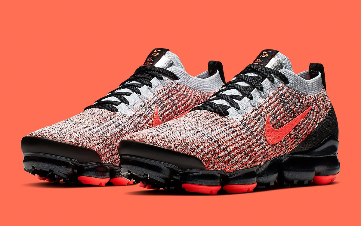 sports shoes 8a456 333f8 Available Now // Iconic Infrared Cloaks the All-New VaporMax ...