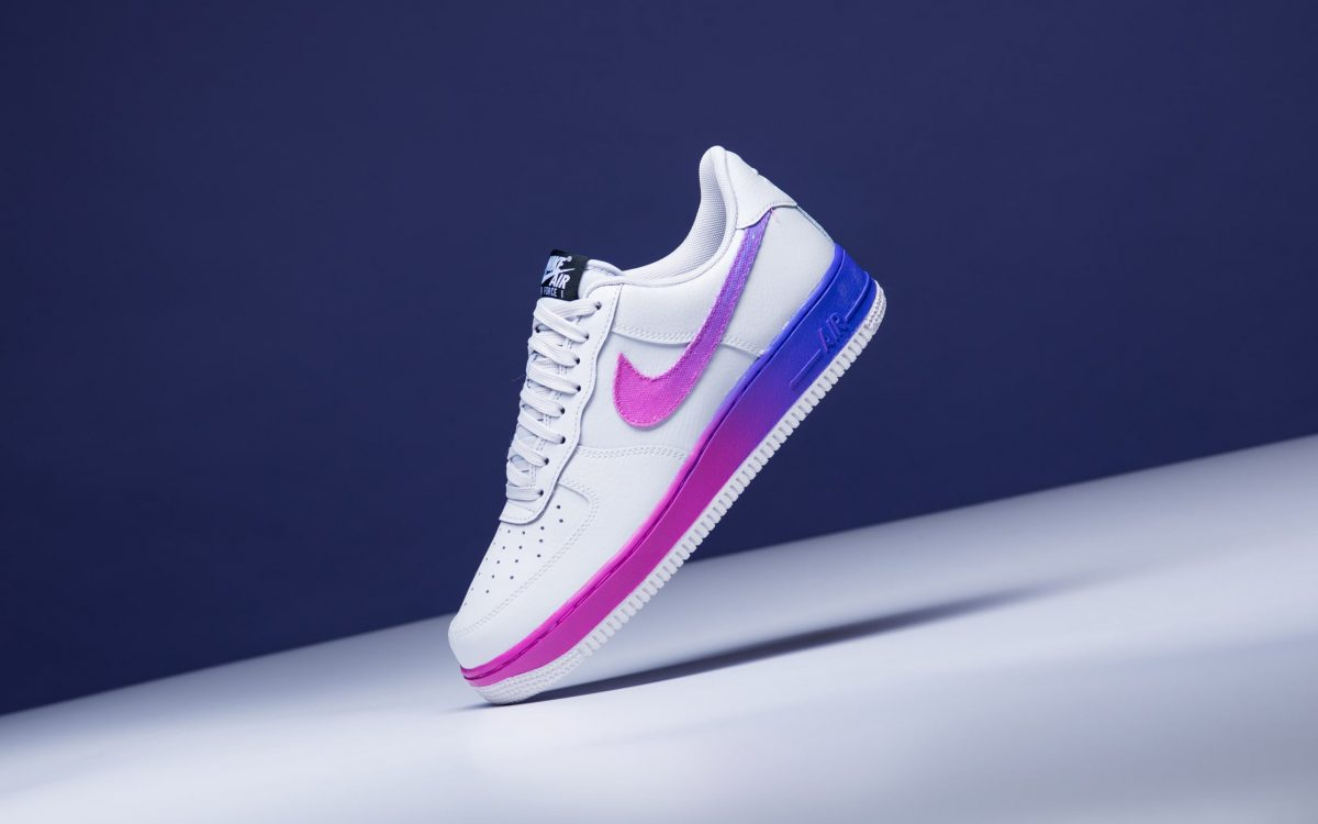 super popular 94bc5 b520b Available Now // Gallant Gradients Hit the Nike Air Force 1 ...