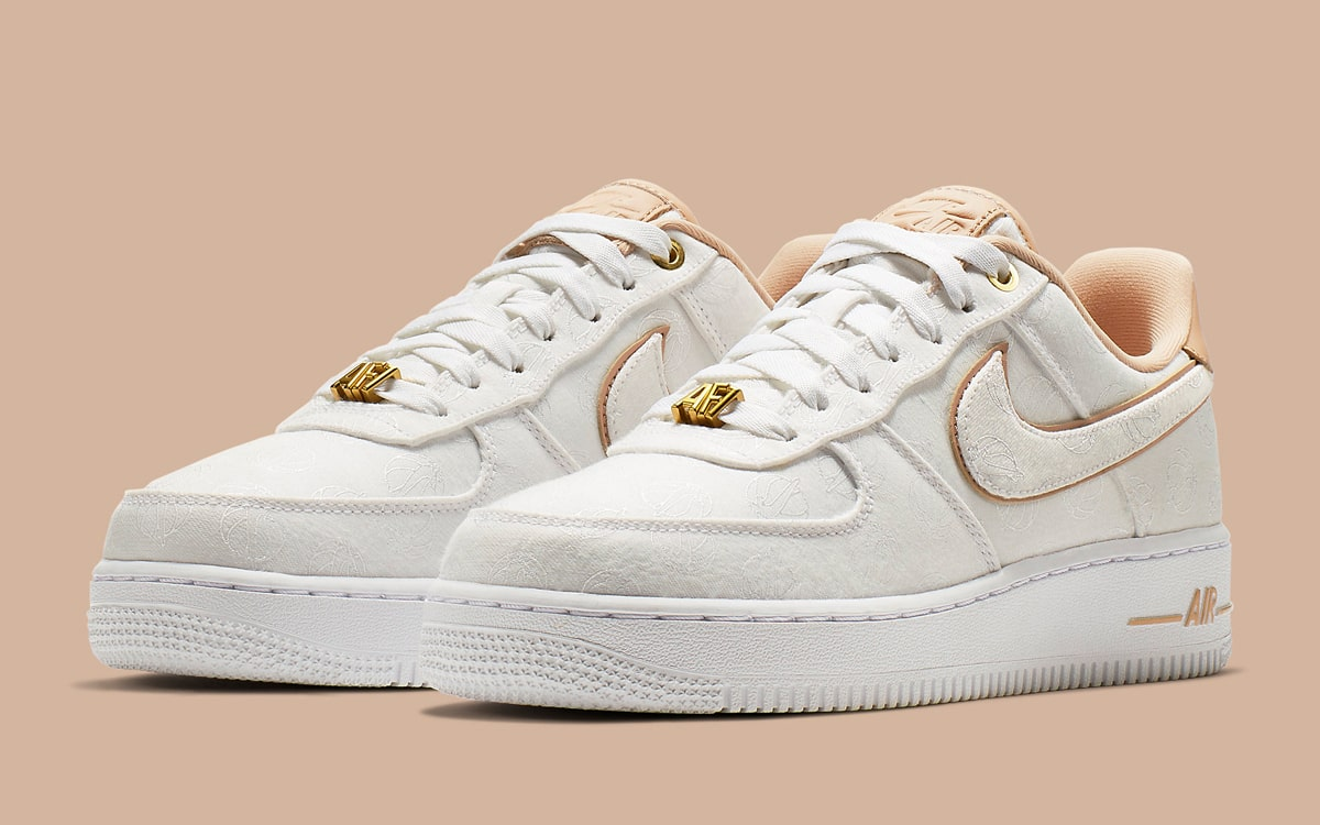 Nike WMNS Air Force 1 '07 Lux White/Bio Beige 898889-102