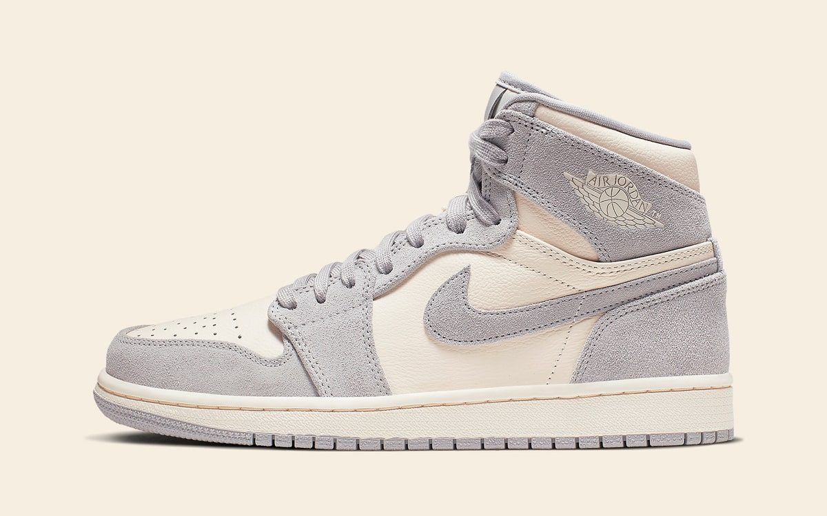 "Official Looks at the Air Jordan 1 High ""Pale Ivory"""