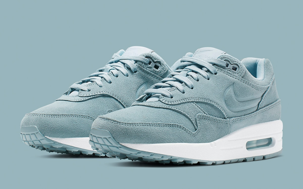Debossed Air Max 1s to Arrive in Armory Blue HOUSE OF HEAT