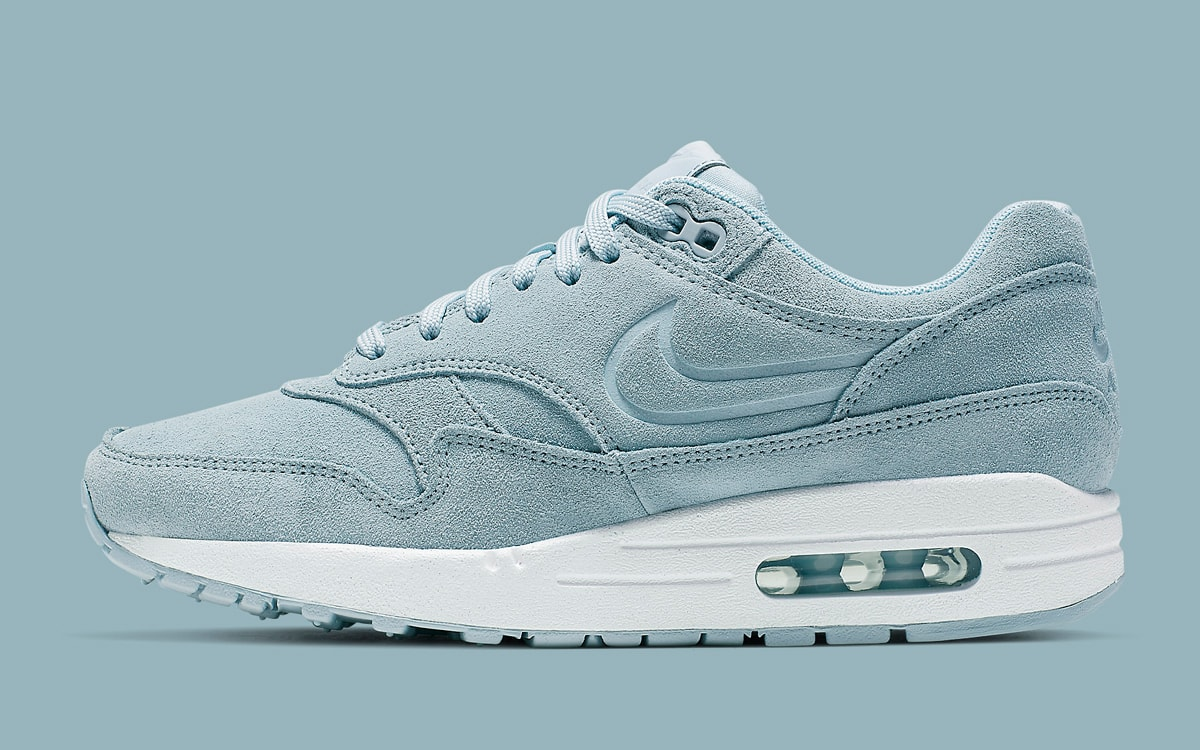 Debossed Air Max 1s to Arrive in Armory Blue | HOUSE OF HEAT