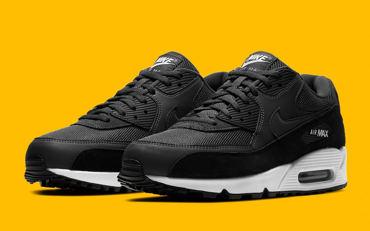 buy popular 7af5c 8c26b Available Now // The Air Max 90 Essential Arrives in ...